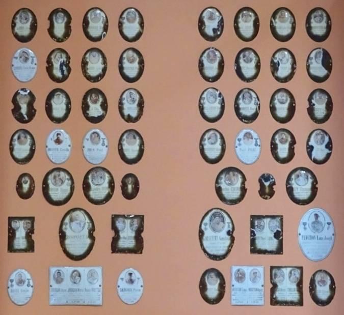 Visuel 3/3 : Médaillons commémoratifs 14-18