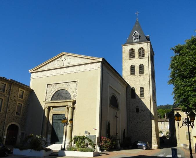 Visuel 2/2 : SAINT-VALLIER (26) - L'EGLISE