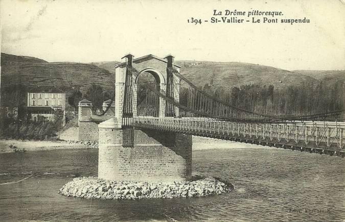 Visuel 1/1 : Pont suspendu sur le Rhône (disparu)