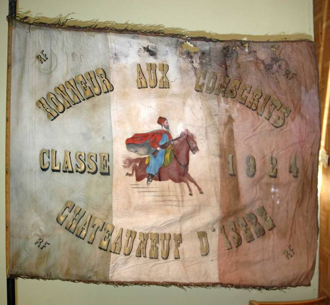 Visuel 7/10 : Collection de drapeaux des conscrits