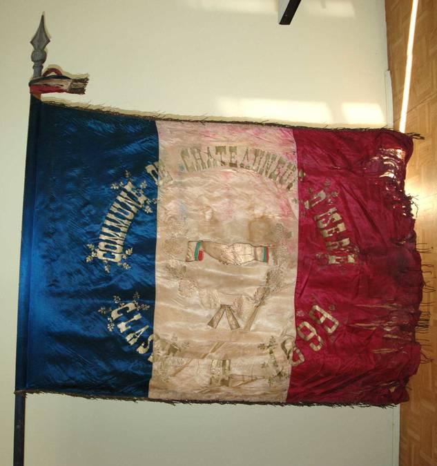 Visuel 8/10 : Collection de drapeaux des conscrits de la classe 1923