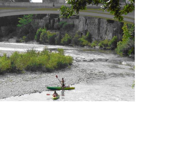 Visuel 1/1 : Canoës sur la Drôme