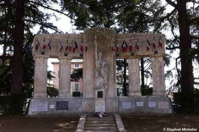 Visuel 1/5 : Monuments aux morts