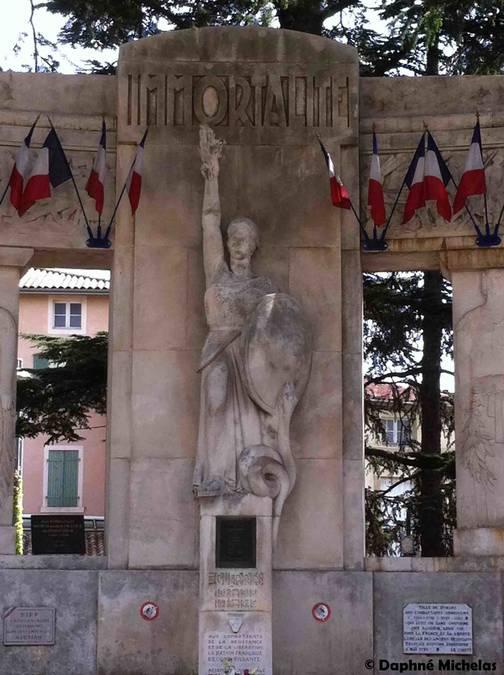 Visuel 2/5 : Monuments aux morts