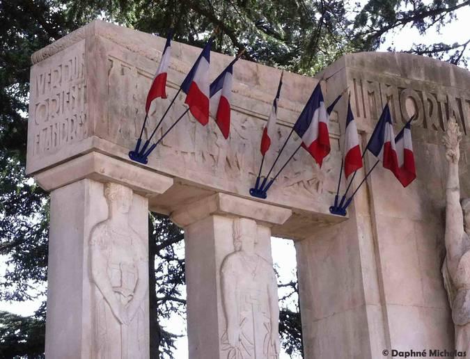 Visuel 4/5 : Monuments aux morts