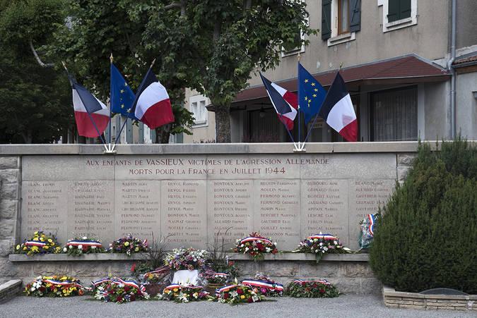 Visuel 1/2 : Martyrologe, monument aux morts 1939-1945