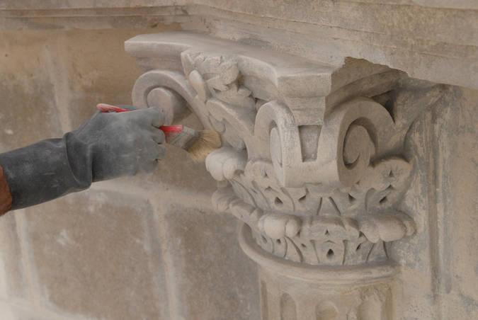 Visuel 3/4 : Restaurer le château de Grignan (JEMA)
