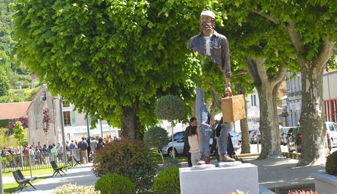 Visuel 1/1 : Statue