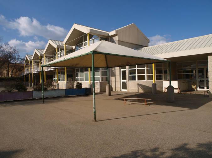 Visuel 5/13 : École de l'Esperance et Médiathèque