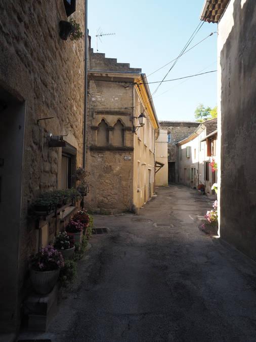 Visuel 1/8 : Rue et quartier du Bourg