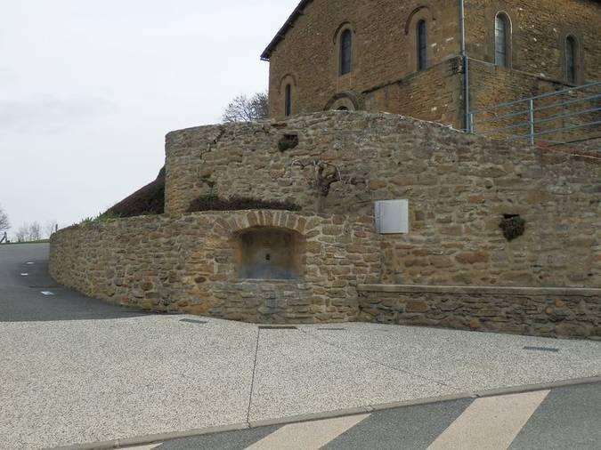 Visuel 2/2 : Fontaine publique