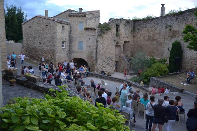 Visuel 1/1 : Vieux village de Montoison