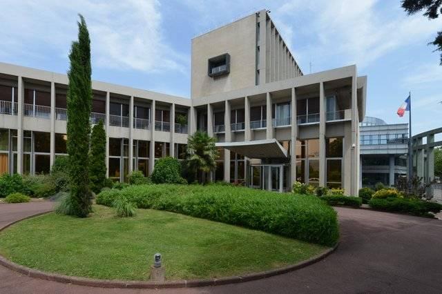 Visuel 3/3 : Préfecture et Hôtel du Département