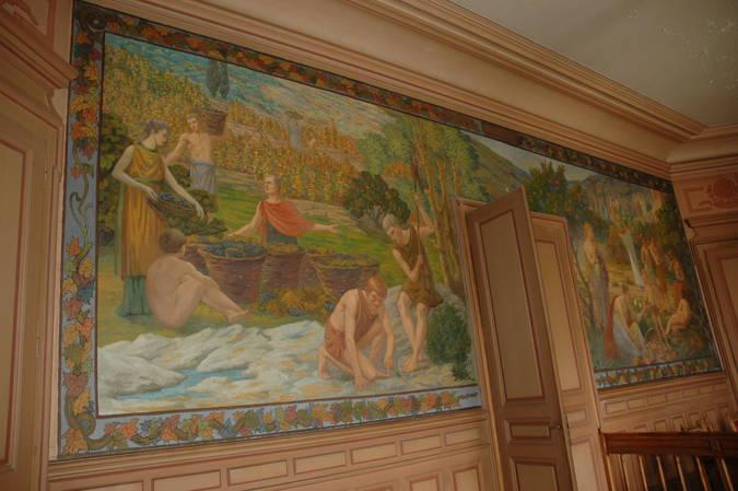 Visuel 4/8 : Décor et mobilier de la salle du conseil municipal