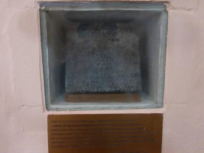 Visuel 1/1 : Urne du coeur de Joseph-François de Grolée (église Saint-Vincent)