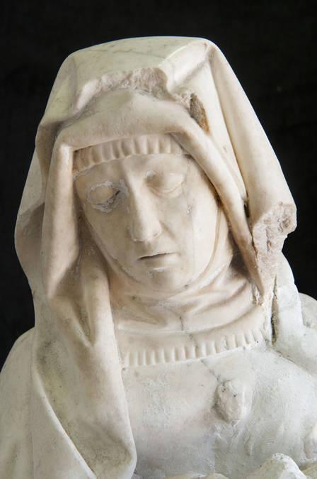 Visuel 2/4 : Vierge de Pitié (église)