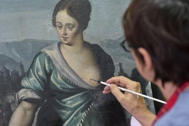 Visuel 3/3 : Restauratrices de peintures, cadres, sculptures et peintures murales (Atelier Jouve-Malfatto)