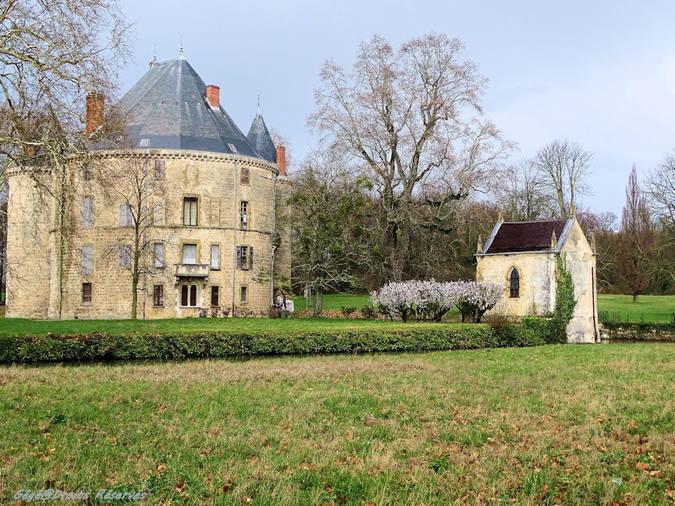 Visuel 4/5 : Le château de Monteynard à Montélier (26)