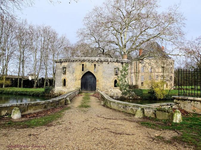 Visuel 3/5 : Le château de Monteynard à Montélier (26)