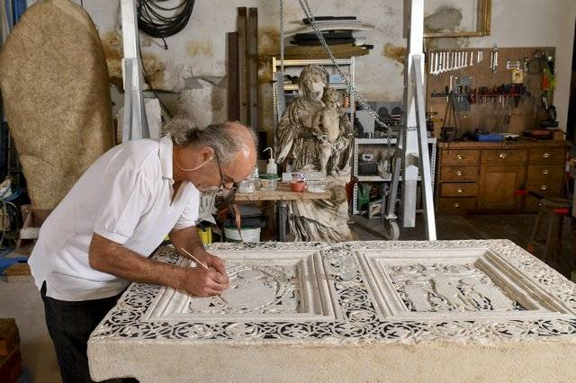 Visuel 1/3 : Restaurateur de sculptures et d'objets d'art (Benoît Lafay)