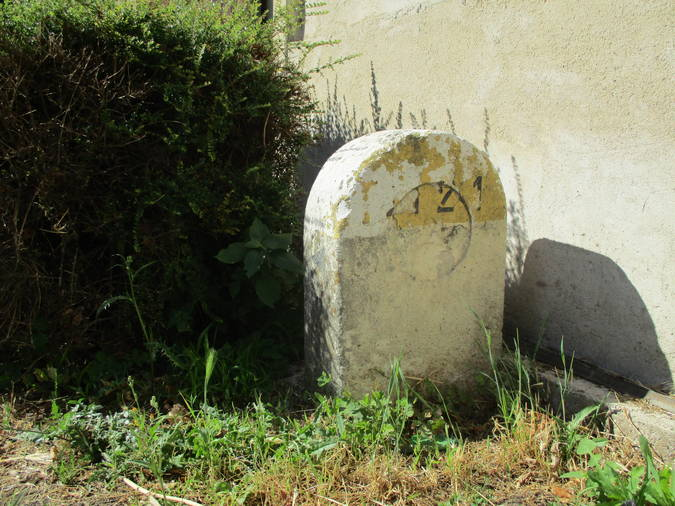 Visuel 3/3 : Plaque de cocher et plaque d'identité de la commune