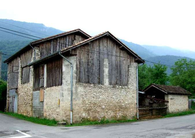 Visuel 1/2 : Grange (quartier Les Juillans)