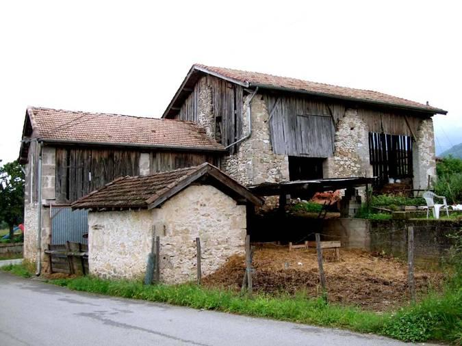 Visuel 2/2 : Grange (quartier Les Juillans)