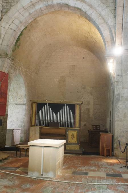 Visuel 1/1 : Abbaye : Dortoir des moines