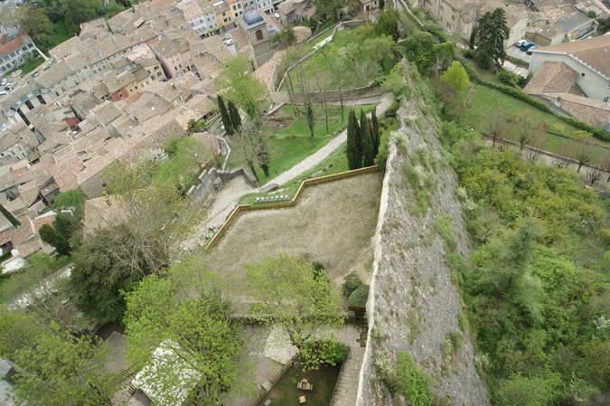 Visuel 2/2 : LA FONCTION DEFENSIVE - La Tour de Crest