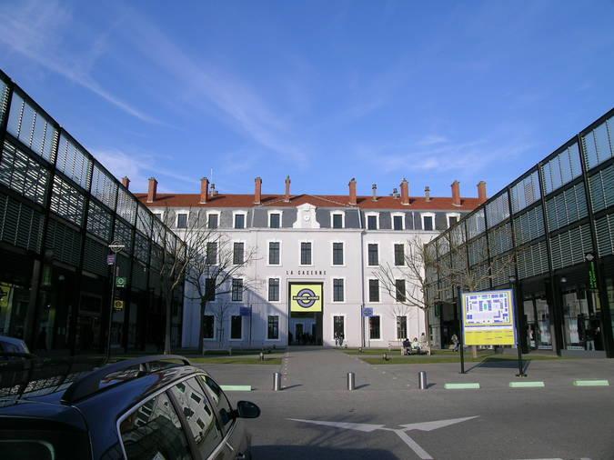 Visuel 1/2 : Caserne Bon / Marques Avenue