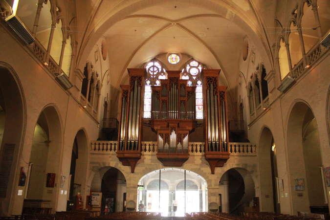 Visuel 4/4 : Église collégiale Sainte-Croix