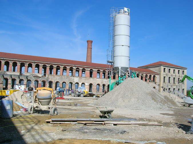 Visuel 1/3 : Histoire d'un chantier : préserver l'esprit des lieux (La Cartoucherie)