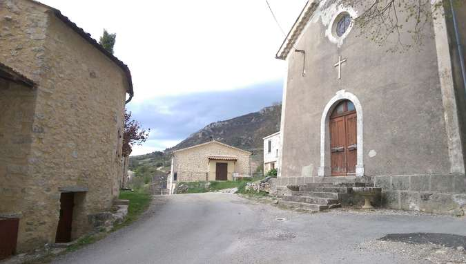 Visuel 2/3 : Village