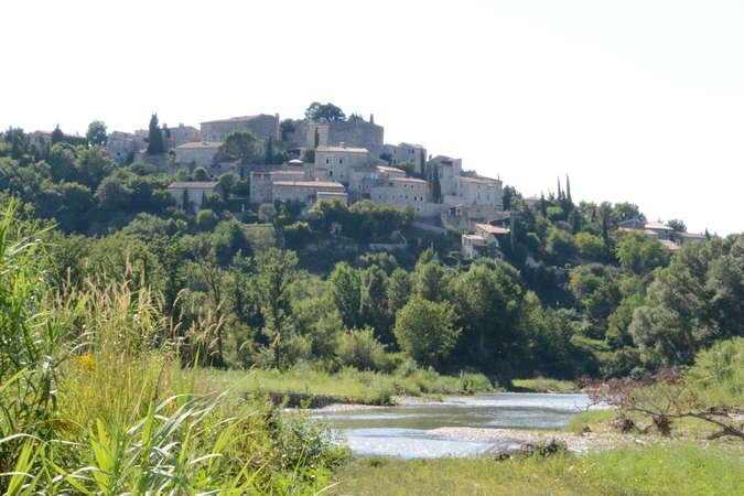 Visuel 1/8 : Vieux village de La Laupie