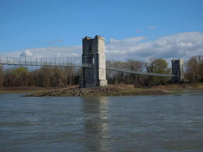 Visuel 1/9 : Le pont de Rochemaure