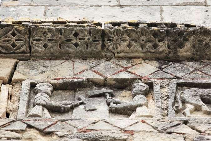 Visuel 6/24 : Église de Saint-Restitut