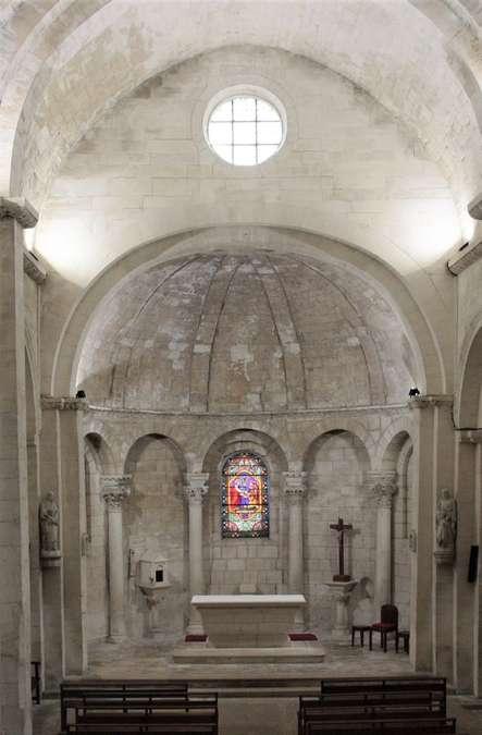 Visuel 9/24 : Église de Saint-Restitut