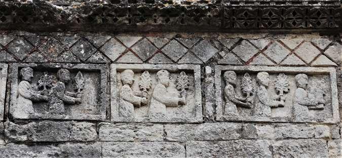 Visuel 21/24 : Église de Saint-Restitut