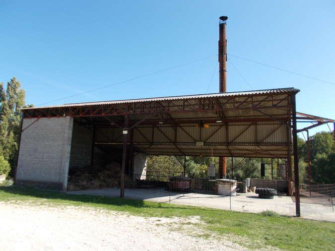 Visuel 3/4 : Distillerie pour l'essence de lavande