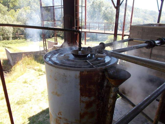 Visuel 4/4 : Distillerie pour l'essence de lavande