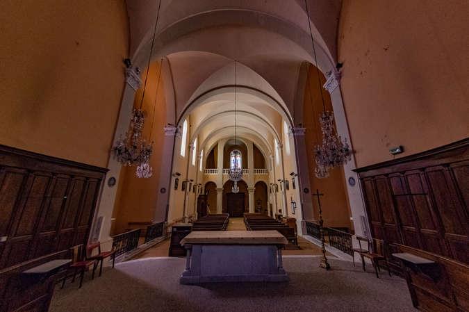 Visuel 3/10 : L'Eglise catholique de Bourdeaux