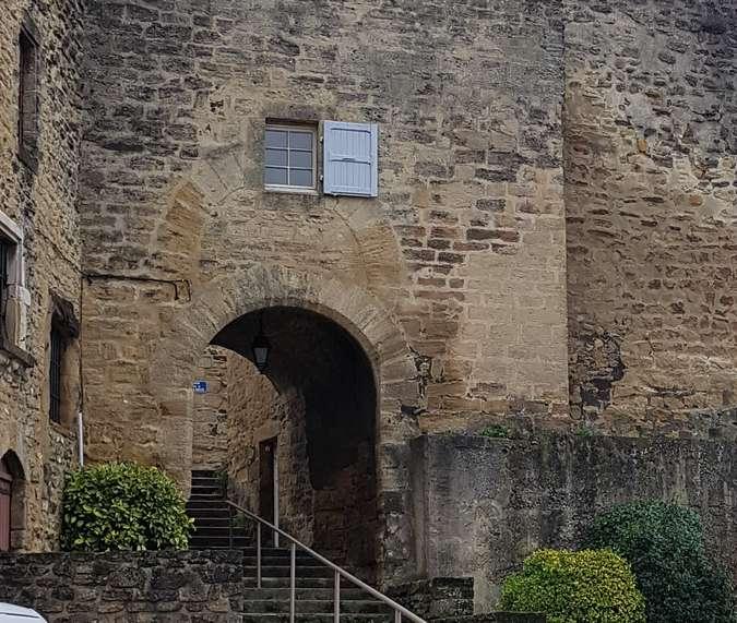 Visuel 1/3 : La porte médiévale