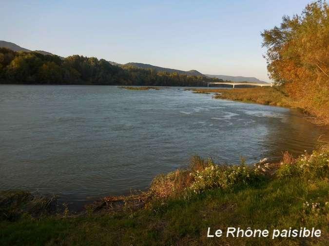 Visuel 3/12 : Des quais d'Ancône aux îles du Rhône (à pied ou à VTT)