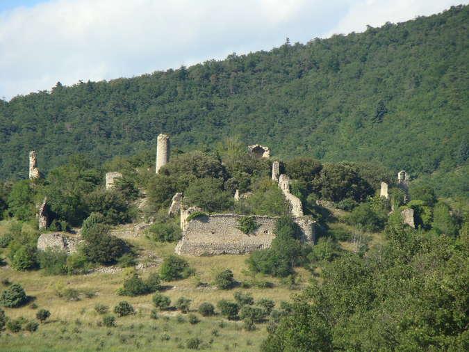 Visuel 1/1 : Vieux village de Béconne